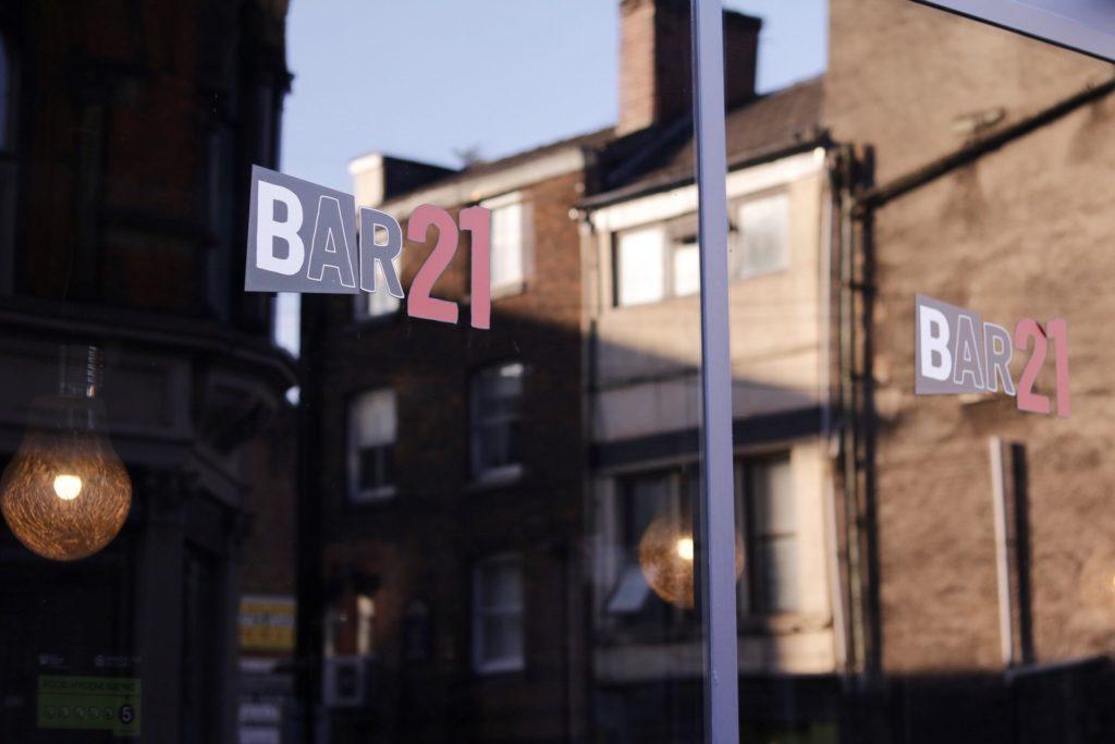 bar 21 2
